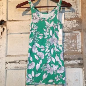 Tops - SALE ! NWT Retro Style Floral Tank Top